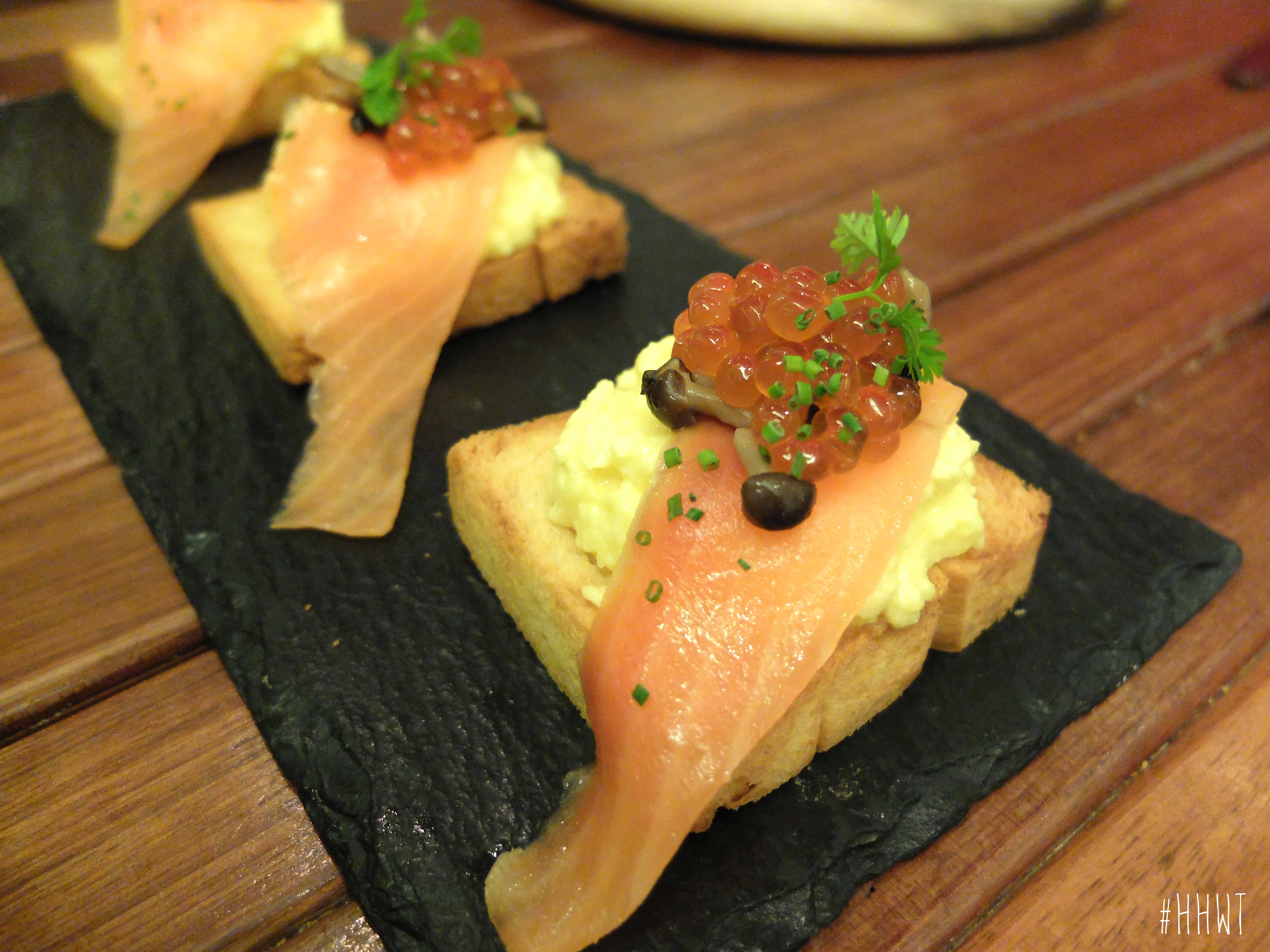 Js-Scrambled-Eggs-With-Salmon